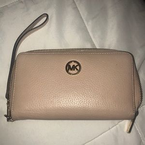 Michael Kors Leather Wallet- Pink